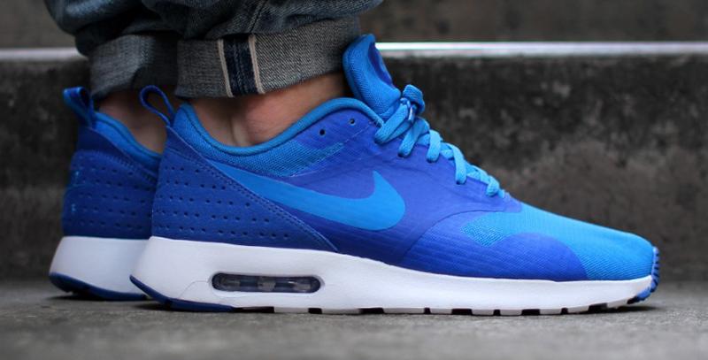 Nike Air Max Tavas Essential Photo Blue   WAVE®