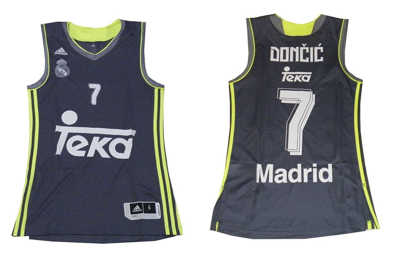 a6dc4f52b0 Camiseta Luka Doncic  7  Real Madrid Basket 2015-2016 (gris volt